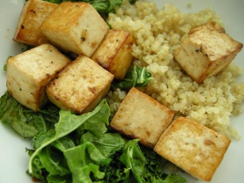 quinoa, kale & crispy tofu, vegan meal