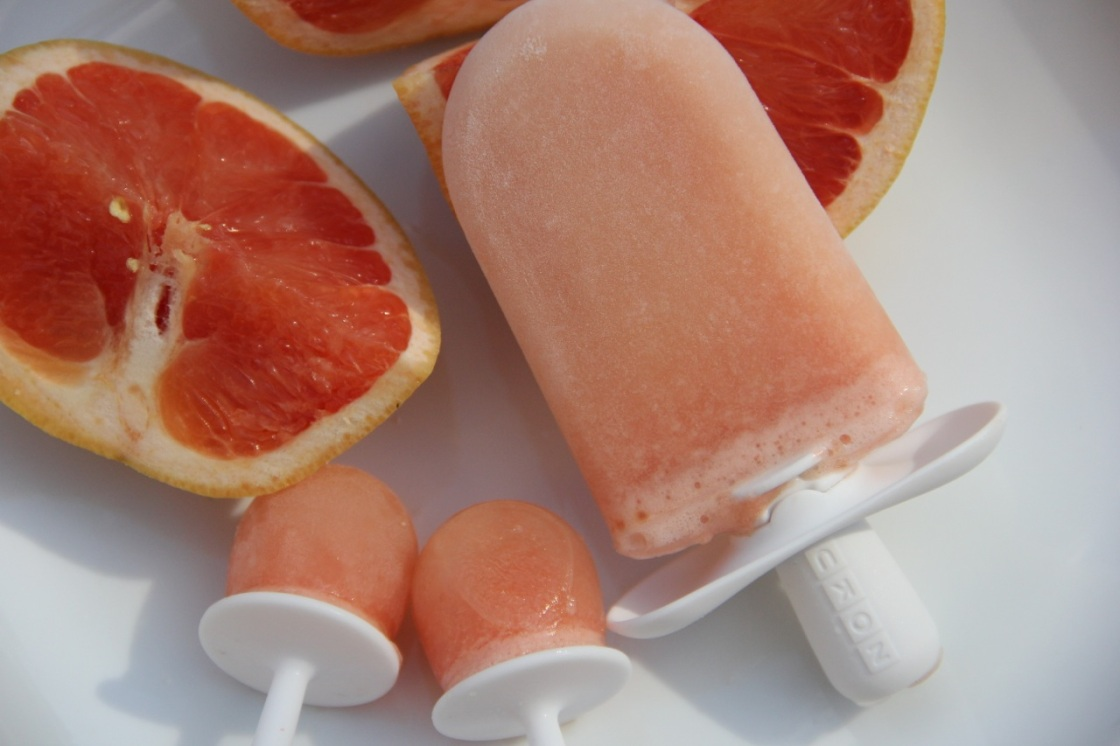 grapefruit paletas | aneelee.wordpress.com